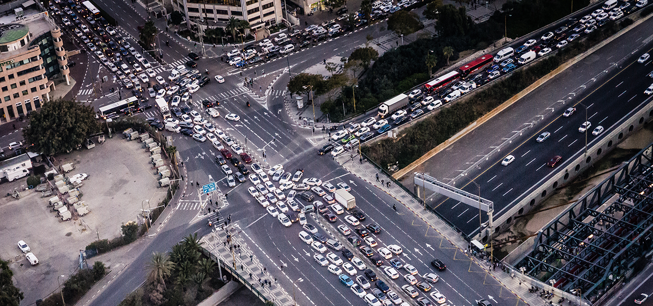 trafic embouteillages sur route