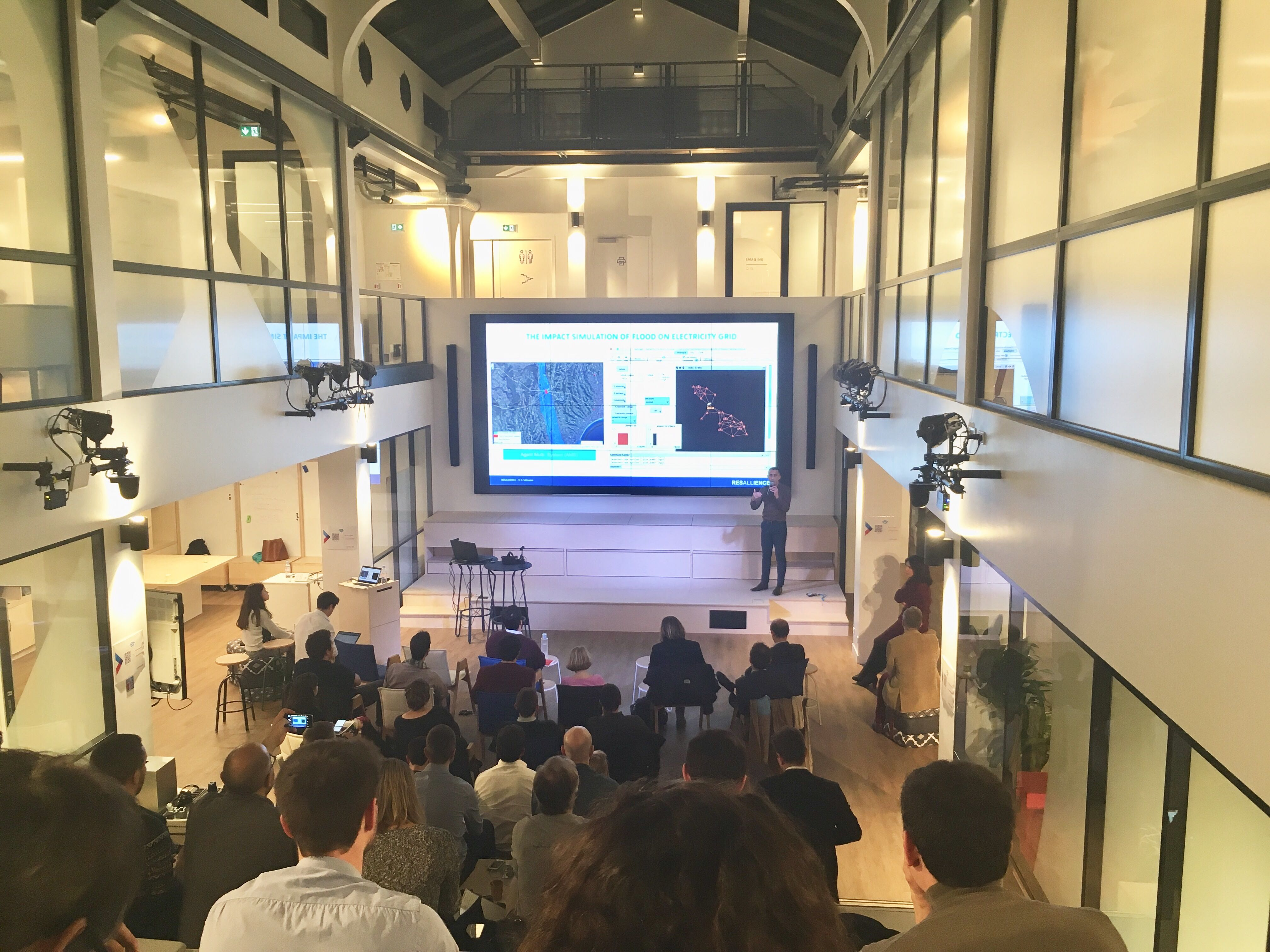 Demo Time: intrapreneurs and startups take the stage at Leonard:Paris