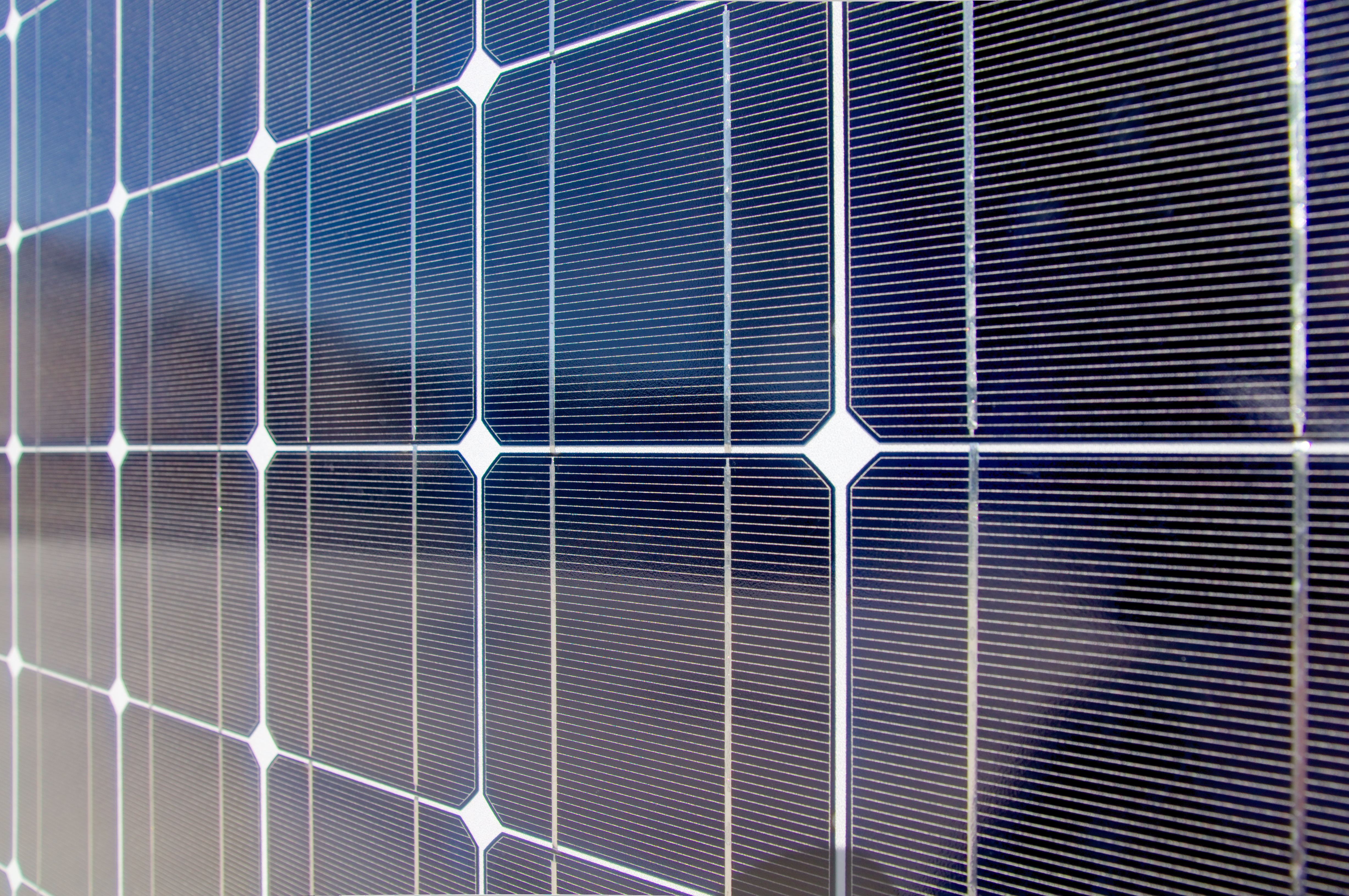 Solar power : Will organic photovoltaic become an industry disrupter?