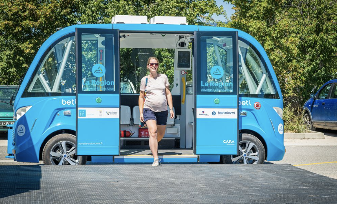 Hitting the road: the first rural self-driving shuttle to interact with infrastructure